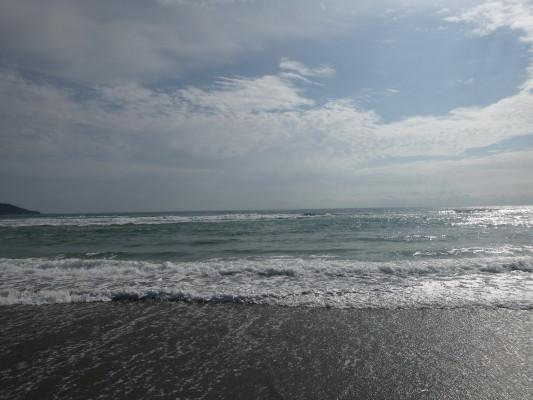 【ヒラメの釣れたポイント】遠浅サーフで最も狙うべきポイント・離岸流攻略