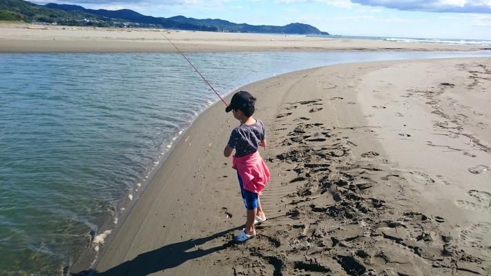 【ファミリーフィッシング】小1の息子とサーフ遊び【ルアーフィッシング】